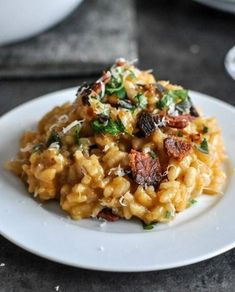 Sweet Potato Risotto Roasted Sweet Potato Risotto with Brown Butter, Bacon and Fresh Herbs Michelle this is a must try!Roasted Sweet Potato Risotto with Brown Butter, Bacon and Fresh Herbs Michelle this is a must try! Vegetarian Recipes, Cooking Recipes, Healthy Recipes, Steak Recipes, Cooking Kale, Yummy Recipes, Cooking Tips, Recipies, Dessert Recipes