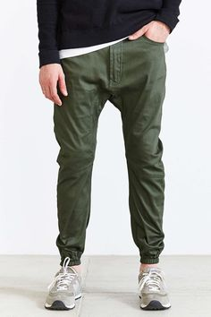 "unstablefragments: "" Publish Kelson Jogger Pant Buy it @ UO Green Pants Outfit, Joggers Outfit, New Balance Outfit, Mens Jogger Pants, Jogger Pants Style, Cargo Pants, Streetwear, Herren Outfit, Stylish Men"