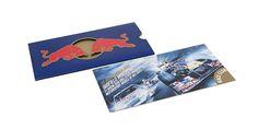 Red Bull – Schuber Red Bull steht nicht nur für das weltberühmte Energy-Getränk, sondern auch für aussergewöhnliche und exklusive Anlässe aller Art. Für die Einladung an diese Events verfügte das Unternehmen lange Zeit über kein geschlossenes Konzept, was von neuzeichen geändert wurde... Flyer, Layout, Gestaltung, Typografie Flyer Layout, Communication Design, Red Bull, Playing Cards, Racing, Events, Business, Communication, Typography