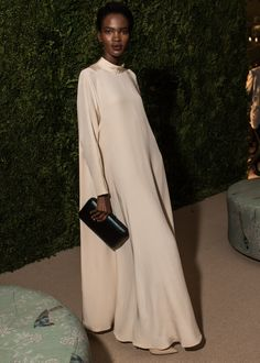 The best dressed at the CFDA/Vogue Fashion Fund Awards kept their style as fiercely personal and daring as the 10 finalists they were there to celebrate. Abaya Fashion, Vogue Fashion, Muslim Fashion, Modest Fashion, Fashion Outfits, Womens Fashion, Net Fashion, Abaya Mode, Mode Hijab