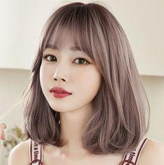 Kpop Short Hair, Short Hair With Bangs, Girl Short Hair, Hairstyles With Bangs, Korean Long Hair, Asian Short Hair, Asian Hair, Korean Short Hairstyle, Short Hair Korean Style