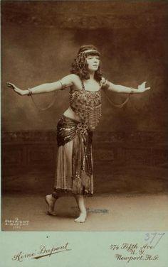 Aimé Dupont, Thamara de Svirsky, 1909-1910, carte de visite, cabinet photograph.