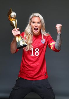Ashlyn Harris, outtakes from Sports Illustrated commemorative World Cup covers. (Simon Bruty/Sports Illustrated)