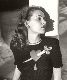1947 LIFE Magazine fashion feature. Photos by Nina Leen.