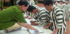 Plus de 100 prêtres sont en prison au Vietnam. Pour les autorités, tous les…