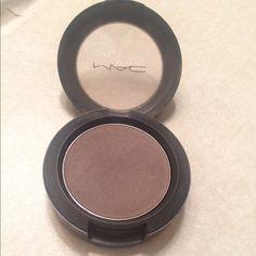 Fashion fix MAC eyeshadow. Fashion fix MAC eyeshadow. Matte grey color. MAC Cosmetics Makeup Eyeshadow