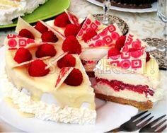 Kremasta fantazija  torta sa malinama