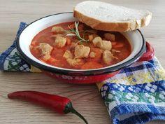 Gulyásleves sertéscombból titkokkal National Dish, Thai Red Curry, Pork, Dishes, Ethnic Recipes, Kale Stir Fry, Tablewares, Pork Chops, Dish