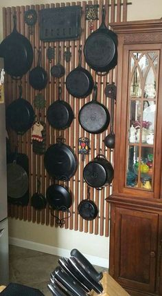 Cast Iron Skillet Display | Cast iron pans, Iron pan and Store displays on Pinterest