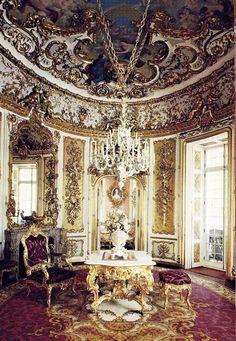 Dining Room, Linderhof Castle, Germany; 10/77 - Frances - Picasa Web Albums
