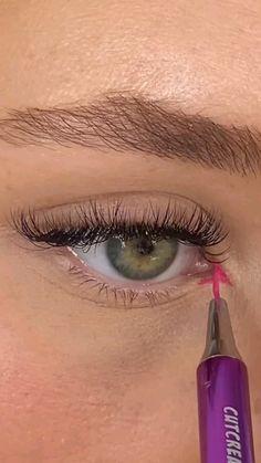 Matte Eye Makeup, Makeup Eyeshadow Palette, Eye Makeup Art, Skin Makeup, Makeup Inspo, Makeup Inspiration, Eyeliner Looks, Eyeshadow Looks, Pencil Eyeliner