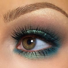 Gorgeous seafoam eye look by @alexandra_anele  She used our Hot Single in 'Naked Truth' to build up the crease and packed our NEW Prismatic Shadow in 'Mermaid' on the center lid. Explore and experiment with color for your #NYXFACEAWARDS 2015 entries! Next week is the LAST week to submit your video submissions to enter our Top Beauty Vlogger of the Year competition! We want YOU to show us what you got!  || #nyxcosmetics