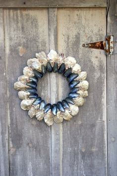 Oyster Shell Crafts Mussel And Oyster Shell Wreath Beach Crafts