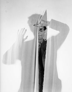 """Cecil Beaton Aldous Huxley 1936 """"Single-mindedness is all very well in cows or baboons; in an animal claiming to belong to the same species as Shakespeare it is simply disgraceful."""" Aldous Huxley, """"Do What You Will"""" 1929 Aldous Huxley, English Fashion, Cecil Beaton, The New Yorker, First Photo, Vintage Prints, Black And White Photography, Photo Booth, Portrait Photography"""