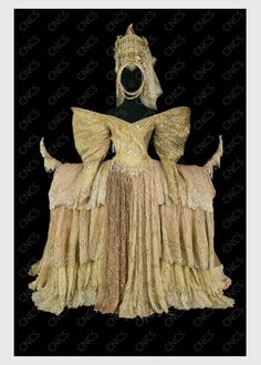 la reine | Collections du Centre National du Costume de Scène