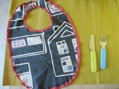 #Tutorial #bavaglino per bebè.    http://www.amando.it/mamma/neonato-bambini-piccoli/tutorial-bavaglino-bebe.html