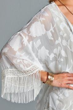 Jacquard Lace details