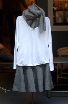 #bufanda #rabensaloner #falda @miandco y y camiseta de @tcntotoncomella en #nelybelula #conceptstore