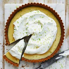 Key lime paj – enkelt recept Key Lime Pie Recept, Bagan, Roy Fares, Cookie Cake Pie, Delicious Deserts, Date Dinner, Pie Dessert, Crunches, Gluten Free Desserts