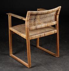 Børge Mogensen Cool Furniture, Furniture Design, Scandinavian Furniture, Furniture Restoration, Furniture Collection, Home Decor Accessories, Cheap Home Decor, Chair Design, Home Furnishings