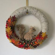 Squirrel Wreath, Autumn Wreath, Fall Wreath, Yarn and Felt Wreath, 14 inch size