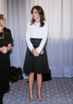 Crown Princess Mary Of Denmark attends official visit to Canada - Day 3 at The Hudson's Bay on 19.09.2014 in Toronto. The Princess is talking to Liz Rodbell, President of Hudson's Bay.