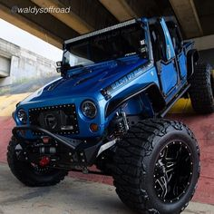 "…..BAM….. It's a Lunchtime BEEF Buffet !!! by @waldysoffroad ""Waldys Off Road #1 in Puerto Rico"" #JeepBeef WAY BEYOND THE WAVE #beyondthewave Ps …. I think you need a tag @rippsuperchargers..."