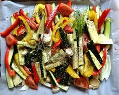 Candied Summer Vegetables - To accompany a barbecue, but not only . - Tartine Jeanne - I love. These baked candied vegetables, I make almost every week when it is the season. Egg Recipes, Healthy Recipes, Italian Vegetables, Oven Vegetables, Balanced Meals, Batch Cooking, World Recipes, Pork Ribs, Food Preparation