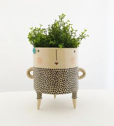 Your place to buy and sell all things handmade Face pot - Plant pot with legs. Ceramic Pottery, Pottery Art, Ceramic Art, Clay Vase, Clay Pots, Ceramic Planters, Planter Pots, Flower Vases, Flower Pots