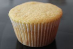 Lembra há uns dias atrás quando eu trouxe aquele vídeo de cupcakes com coberturas lindas? Vamos relembrar: https://www.youtube.com/watch?feature=player_emb