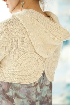 Cropped Hoodie Shiri Vogue 2013 #knit.  Interesting pattern.