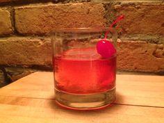 Makers Mark Cocktail-1 1/2 parts Maker's Mark 1 Part ginger ale 1 teaspoon of maraschino cherry juice 1 maraschino cherry Ice
