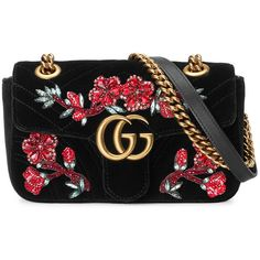 Gucci Mini Gg Marmont Shoulder Bag (150.060 RUB) ❤ liked on Polyvore featuring bags, handbags, shoulder bags, black, shoulder hand bags, mini handbags, chain strap purse, oversized handbags and gucci shoulder bag