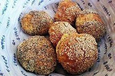 Chia-Floh-Eiweiß-Brötchen Chia flea protein rolls, a nice recipe from the diabetic category. Vegan Breakfast Recipes, Paleo Recipes, Low Carb Recipes, Protein Recipes, Paleo Food, Low Carb Bread, Low Carb Keto, Desayuno Paleo, Law Carb