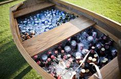 Manera creativa de ofrecer las bebidas.