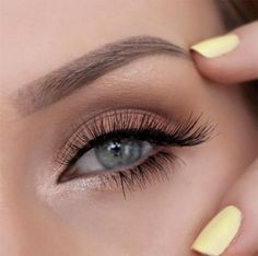 love this natural eye makeup with inner shimmer- perfect wedding makeup! ~  we ❤️ this! moncheribridals.com