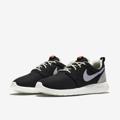 official photos a7429 6af34 Nike Roshe One Retro Women s Shoe Nike Roshe One, Roshe Shoes, Sports Women,