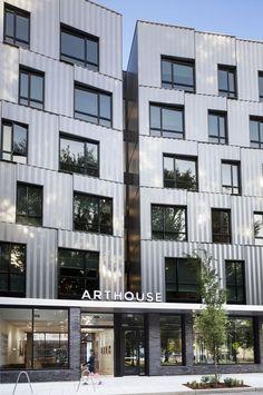 Lever architecture art house - House and home design Portland Architecture, Concept Architecture, Metal Facade, Metal Panels, Building Facade, Building Design, Hidden House, Rain Garden, Urban Design