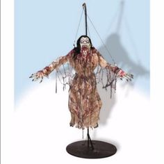 Halloween Props Lifesize Prop 6' Tall Scary Flying Vampiress Haunted House Prop…