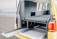 Camping expansion and modules for VW / California Beach and Multivan, complete … - Van Life Bus Camper, Vw Bus T5, Vw Caravan, Mini Camper, Volkswagen Transporter, T5 Transporter, Volkswagen Bus, Estilo California, T6 California Beach