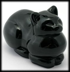 Crazy Cat Lady, Crazy Cats, Statues, Art Nouveau Furniture, Black Amethyst, Cat Mouse, Cat Statue, Pottery Sculpture, Cat Decor