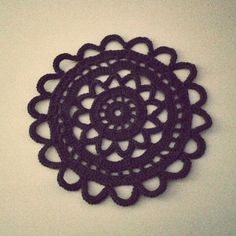 Doilies, Diy And Crafts, Mandala, Knitting, Crocheting, Creative, Threading, Crochet Hooks, Ganchillo