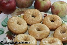 Homemade Apple Cider Donuts- Bring the flavors of fall into your own kitchen with this amazingly easy Apple Cider Donut recipe that can be baked or fried, depending on your personal preference.