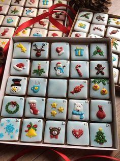 Cute Christmas Cookies For 2018 Galletas lindas de navidad Cute Christmas Cookies, Easy Christmas Cookie Recipes, Christmas Biscuits, Iced Cookies, Christmas Sweets, Christmas Cooking, Holiday Cookies, Cupcake Cookies, Simple Christmas