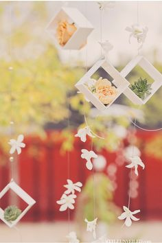 LOVE these dangling pretties over the table in this feature via StyleUnveiled.com / Alante Photography / Seattle Wedding / Inspiration Using Circles and Squares