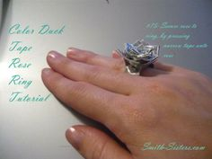 Tutorial on duct tape ring Diy Projects To Try, Craft Projects, Craft Ideas, Duct Tape Rose, Tapas, Duct Tape Colors, Fun Crafts, Crafts For Kids, Jewelry Making Classes