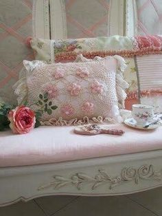 Shabby Chic - Sofa with Pink Pillows. Sweet