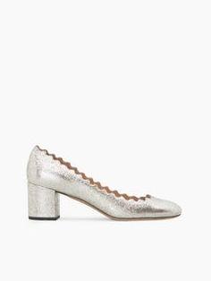 Discover Lauren Pump and shop online on CHLOE Official Website. CH26230E46