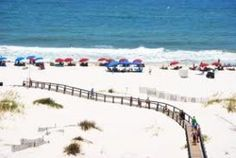 This vacation article describes Gulf Shores, Alabama. The beach, ocean, restaurants, night life, golf courses and deep sea fishing are documented in this hub. Pictures, polls, maps and comments.