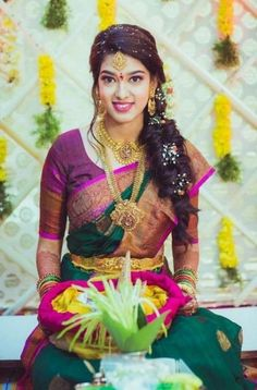 17 Ideas For Bridal Hairstyles For Saree Receptions South Indian Wedding Hairstyles, Bridal Hairstyle Indian Wedding, Bridal Hairdo, Indian Bridal Fashion, Indian Hairstyles, Hairdo Wedding, Casual Hairstyles, Bridal Silk Saree, Saree Wedding